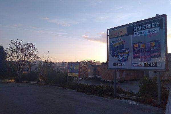 429 – Via Garibaldi (rotonda Castello Monforte)
